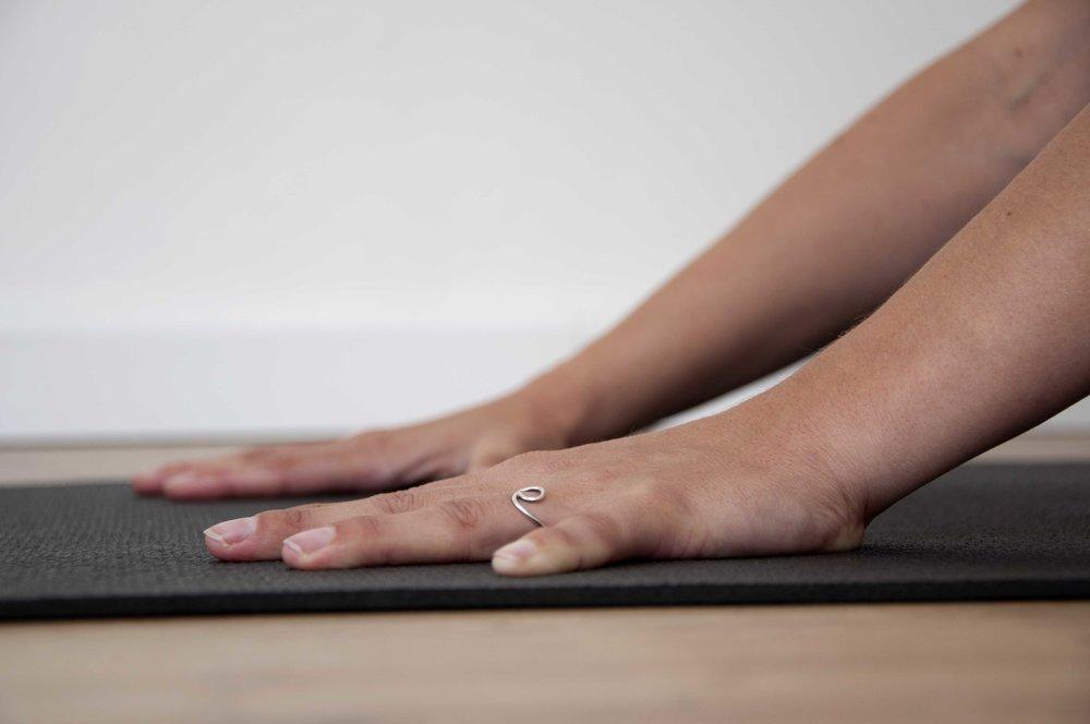 rooster - Hierlees je meer over de verschillende yogalessen die wij aanbieden zodat je kunt kijken wat bij je past. Ben je benieuwd