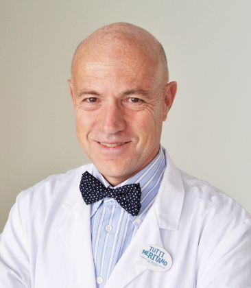 professor-alessandro-castagna-Medici-Villa-Stuart.jpg