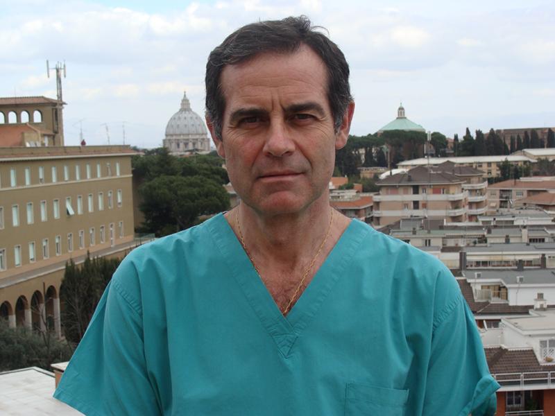 dottor-mario-manili-Medici-Villa-Stuart.jpg