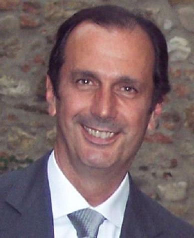 professor-bruno-andrea-pesucci-Medici-Villa-Stuart.jpg