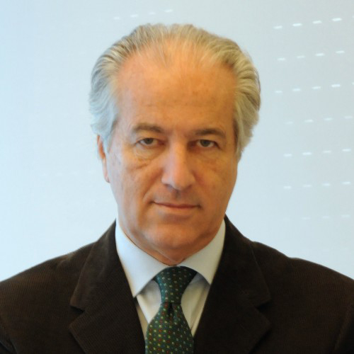 professor-raul-zini-Medici-Villa-Stuart.jpg