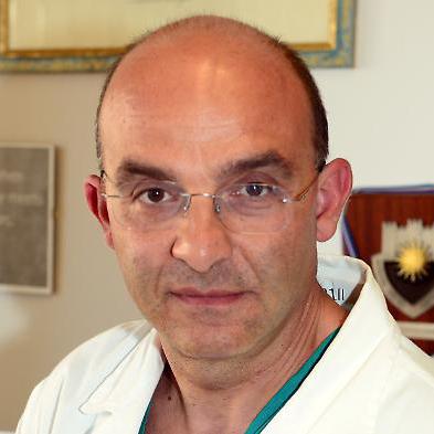 professor-giovanni-scambia-Medici-Villa-Stuart.jpg