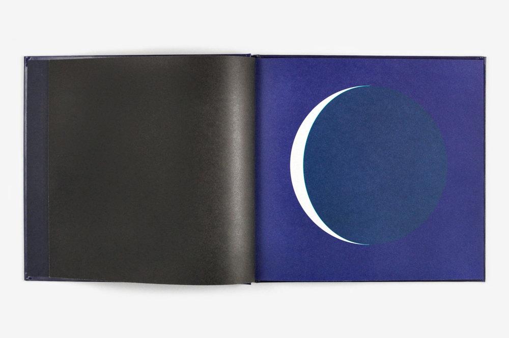 ununliving dans-la-lune-fanette-mellier-editions-du-livre-3.jpg