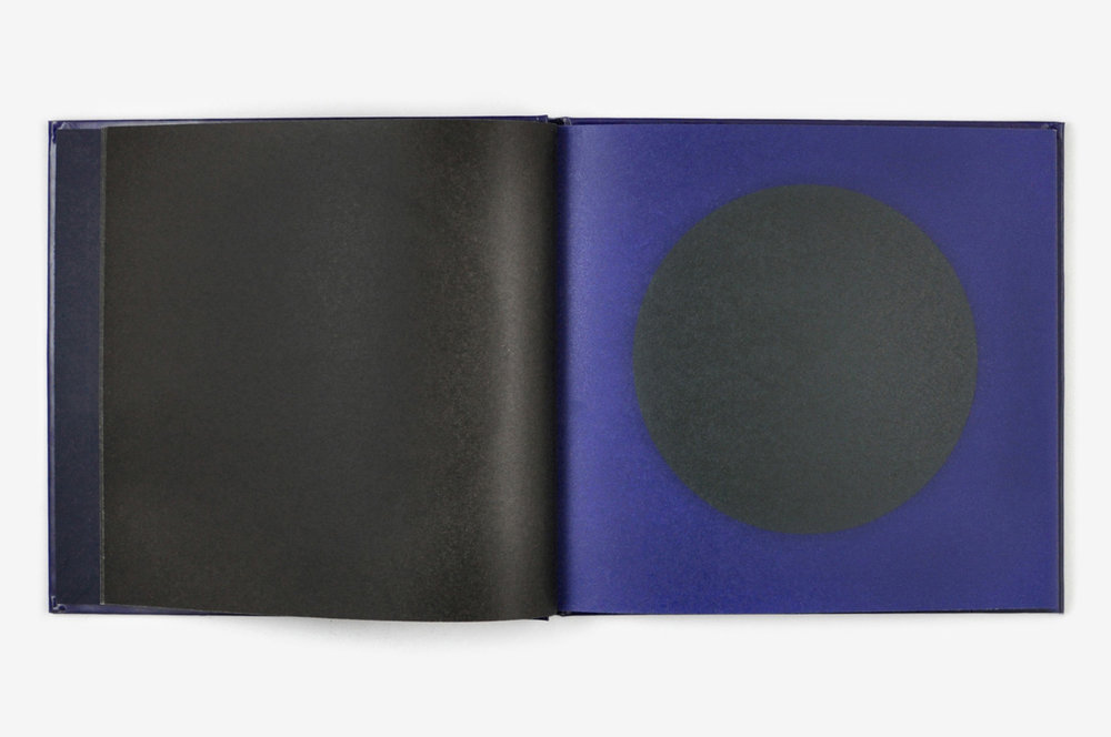 ununliving dans-la-lune-fanette-mellier-editions-du-livre-4.jpg