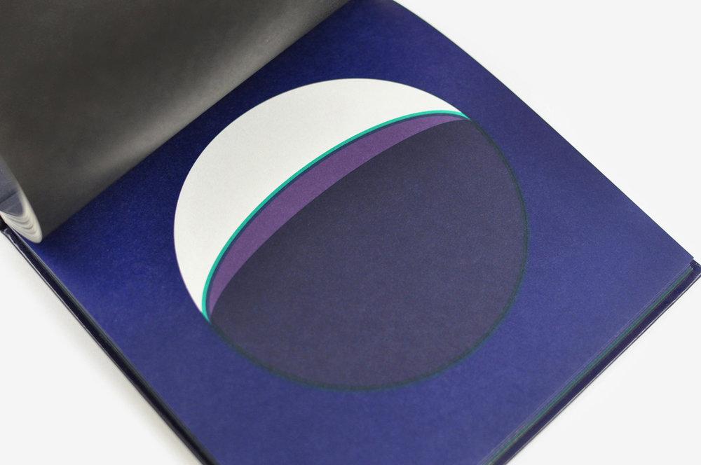 ununliving dans-la-lune-fanette-mellier-editions-du-livre-13.jpg