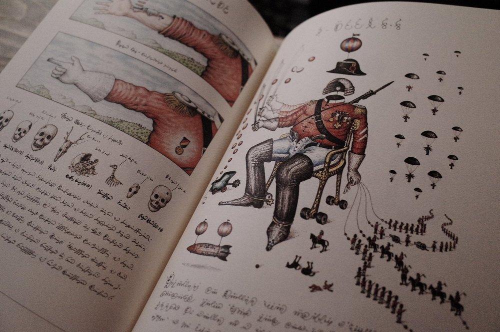 "CODEX SERAPHINIANUS - LUIGI SERAFINI這本由意大利建築師LUIGI SERAFINI 編製的""CODEX SERAPHINIANUS""是BOOK B 的鎮店之書。打開這書,就如走進他的奇想世界。像圖文並茂的百科全書一樣,書中描繪的是他創造的超現實世界,而解說的文字卻是他自創的,有趣地只有他自己才看得懂。從奇花異草、物理、罕有動物物種、運輸機械、人文到建築,從設計到概念的呈現,""CODEX SERAPHINIANUS""用獨特的視野在異想世界中重新理解世界絕對是在書本收藏者眼中的名物。"