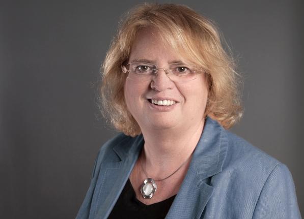 Manuela Möller | Director