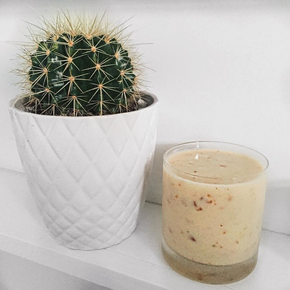 Date Delight - A smoothie packed with potassium and dietary fibre.