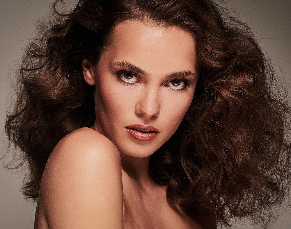 Cassie Lomas Beauty Shoot Images