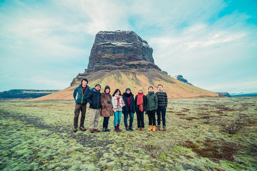 Full team group photo! Ki-ka: Willy, papa, mama, saya, Anbar, Nina, Ook, Michael