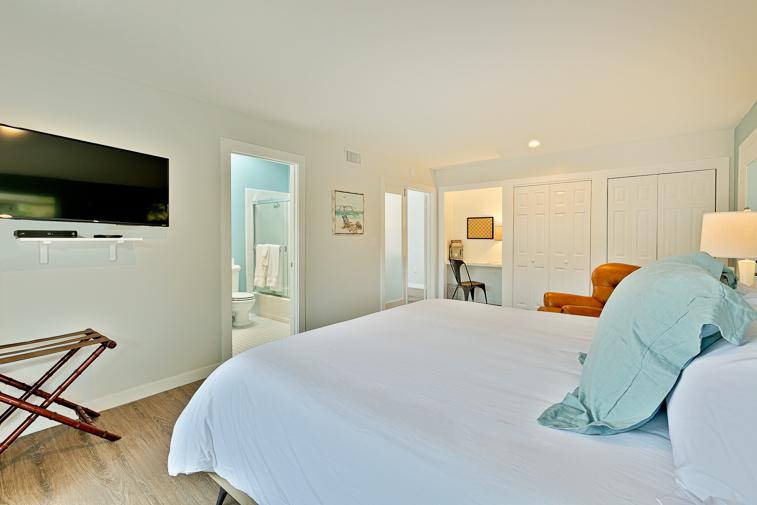 La Jolla Shores Bedroom 1.jpg