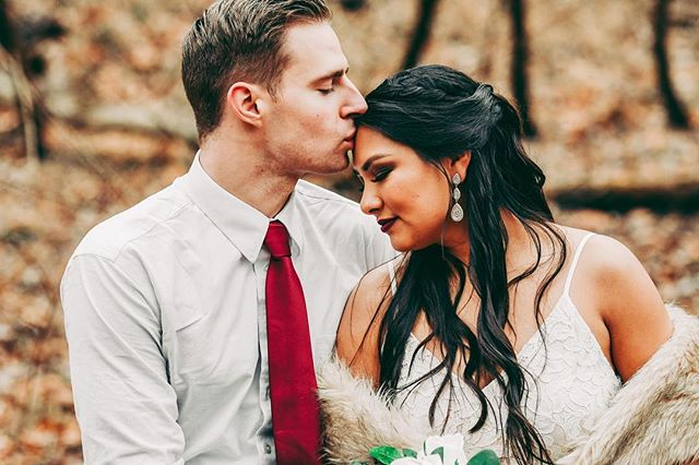 I met Jenny and Andy earlier this year during a Styled Shoot and I'm so excited to photograph their courthouse wedding next month in Annapolis!! I love elopements and courthouse weddings as I had one myself.  Photographer: @landrum.photography  Planner: @jessicajevents  HMUA: @amandamerrellbeauty  Florals: @afloral  #styledshoot #howheasked #belovedstories #thewandererscommunity #artofvisuals #agameoftones #elopement #elopementphotography #baltimorebride #baltimoreweddingphotographer #marylandweddingphotographer #destinationweddingphotographer