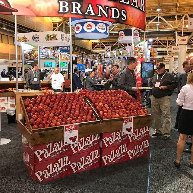 We had a great time down in New Orleans at the PMA talking about our #Pazazz Apple! Thank you to everyone who stopped by! #pma #pmfs #apples #produce101