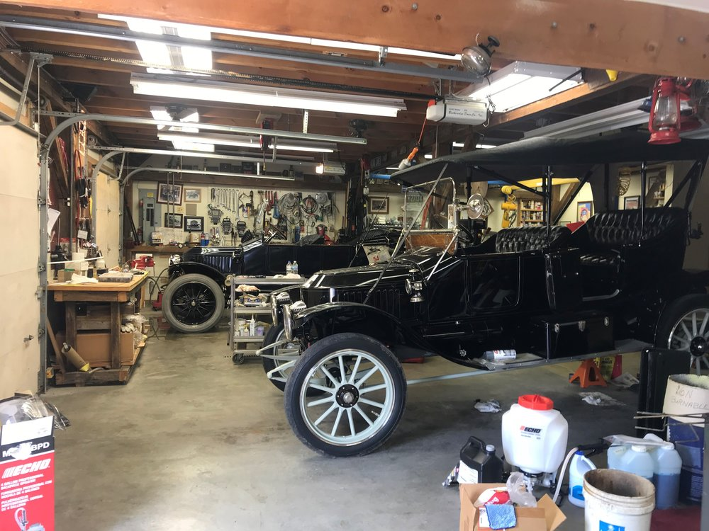 Mike Roach's two Stanley Steamers, the car in the foreground will be at next week's Concours d'Elegance in Geneva