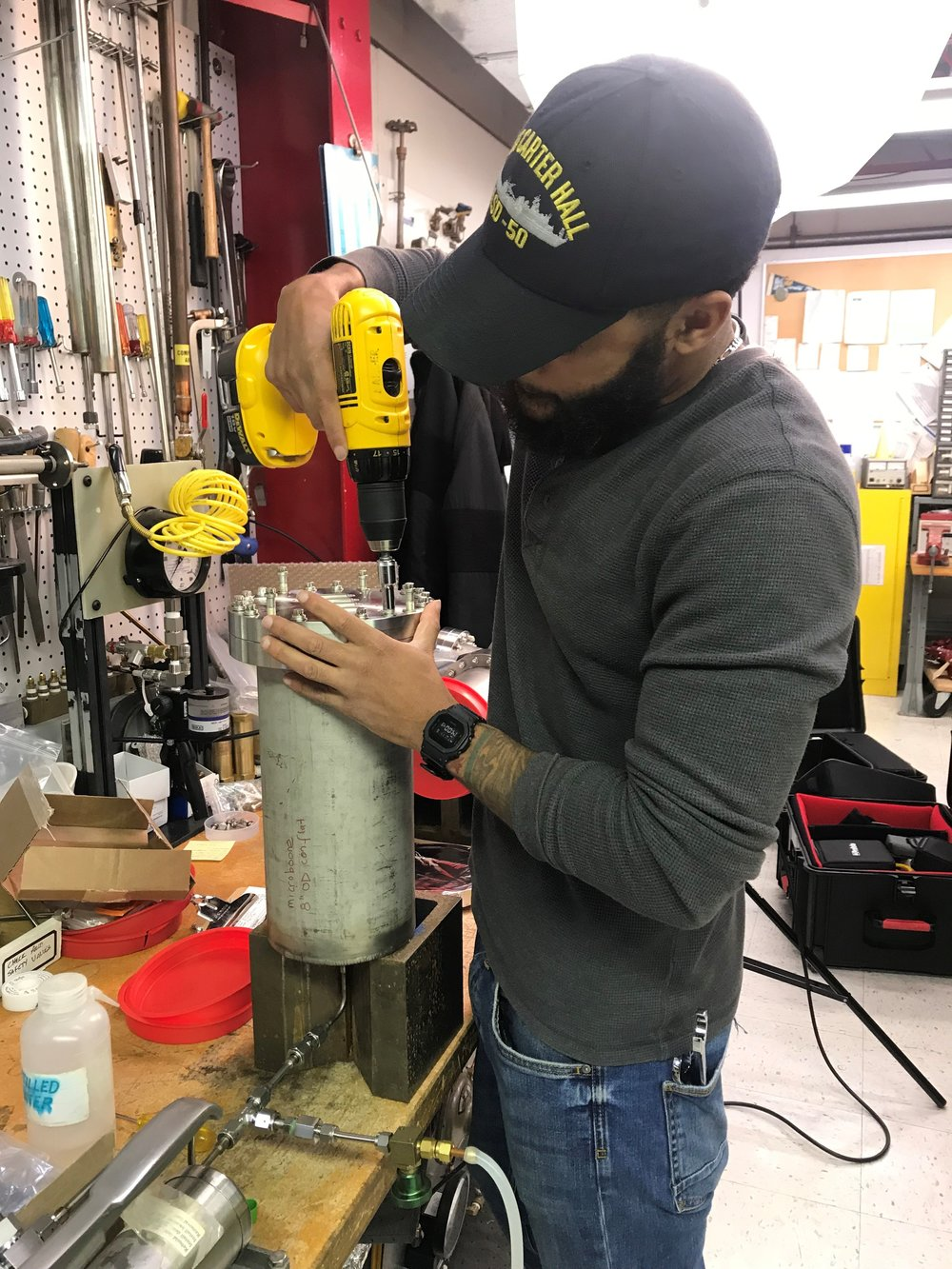 Navy veteran Frederick Davis is working on a mechanical engineering degree and getting real world experience at Fermi Lab thanks to the Vet-Tech Internship program