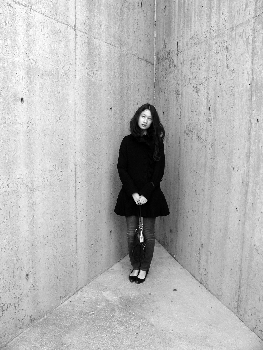 Like Irving Penn, corner portrait, Sarah-Linh at MoMA PS1, Long Island City, NY