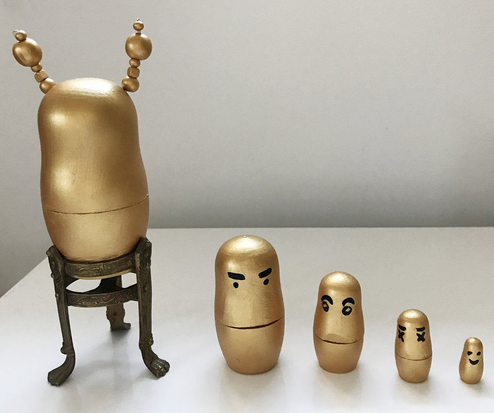 "Family, Russian matrioshka dolls, Wood, Bronze, 8,5"" x 3"" x 11"""