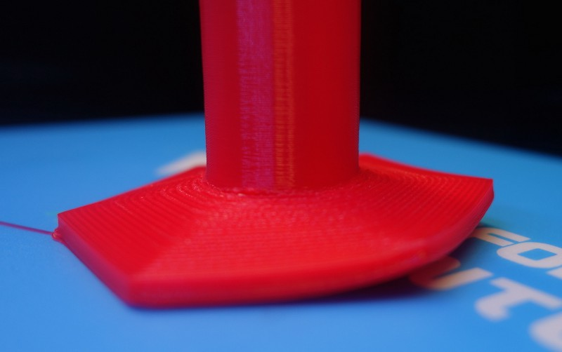 Bed adhesion issues. Source:  3D Hub