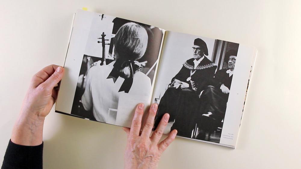 talking_photobooks - extrovertiert im Gespräch die expressive Qualität von Büchern