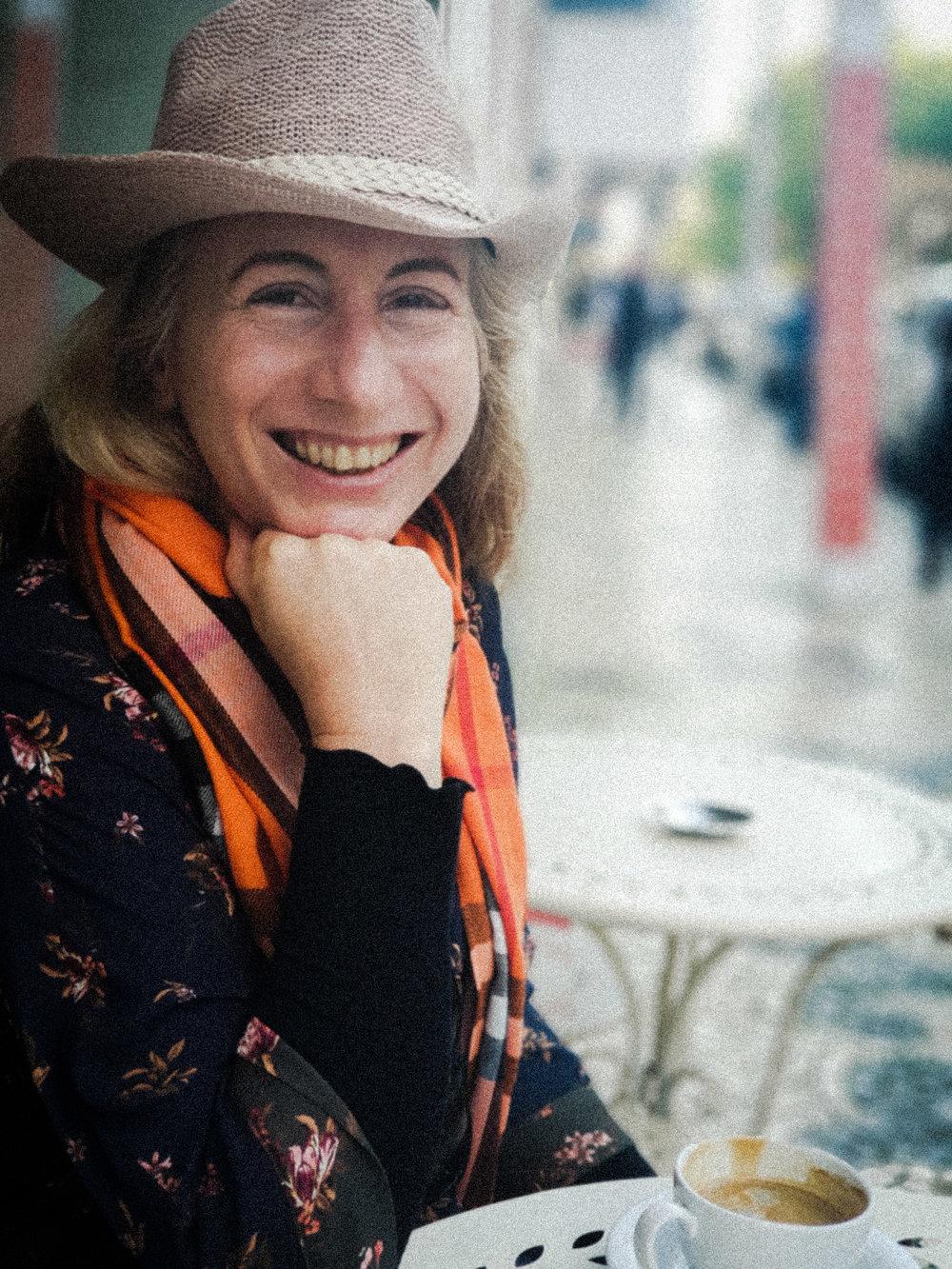 Anneke Bester Profile Image.jpg