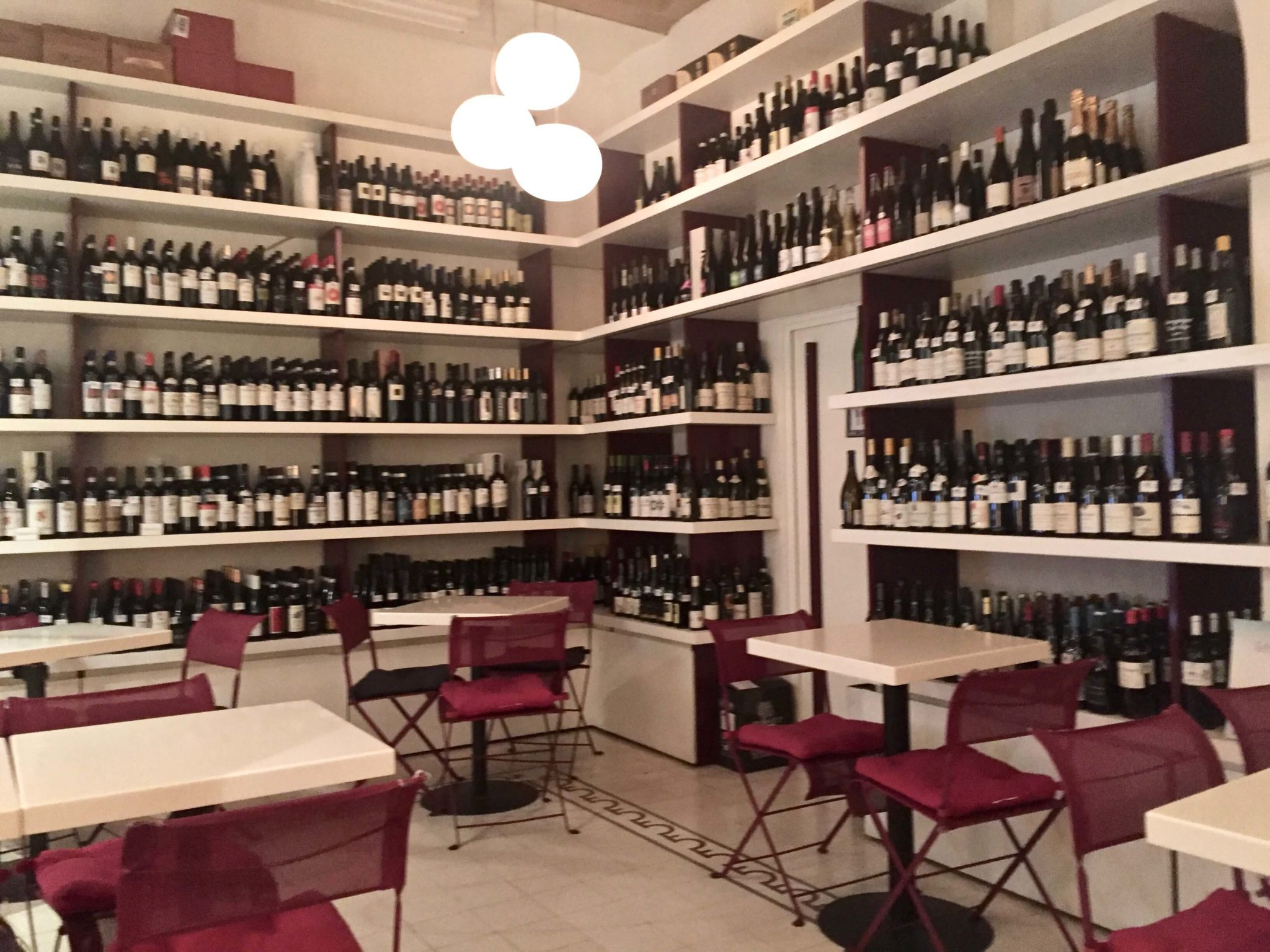 wine bar in Rome