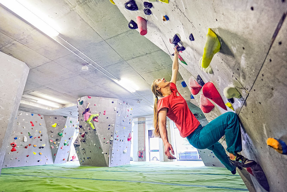 Gutsy Girls Womens Climbing (3 of 4).jpg