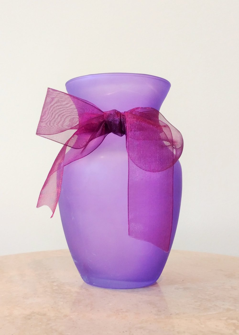 "8"" Classic Vase with Bow (4"" Diameter)"