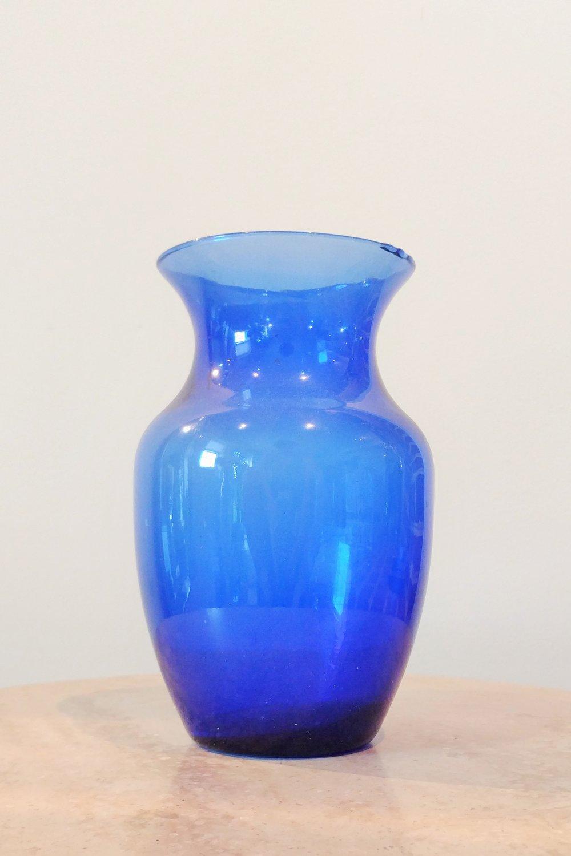 """8"""" Classic Vase (4"""" Diameter)"""