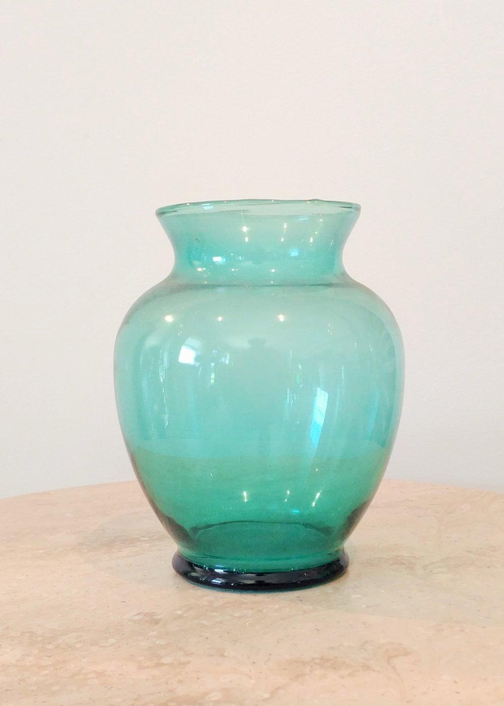 """7"""" Classic Vase (3"""" Diameter)"""