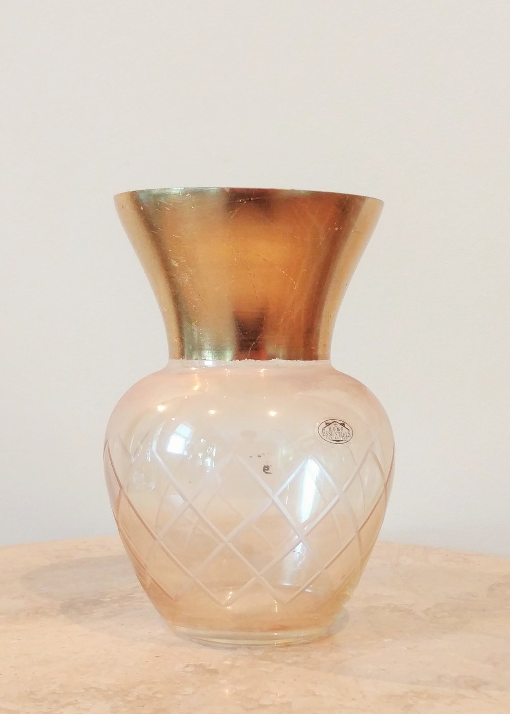 """7.5"""" Gold Rimmed Classic Vase (4.5"""" Diameter)"""