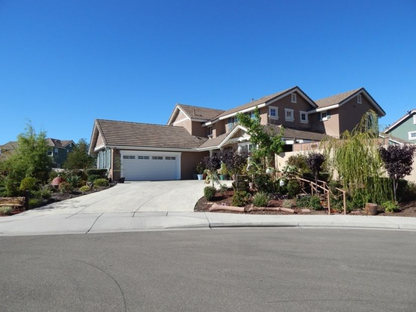 2975 Bayberry Court, Lompoc, California 93436 5 beds 4 baths 3,457 sqft   REPRESENTED SELLER - $599,000 SOLD in 2016