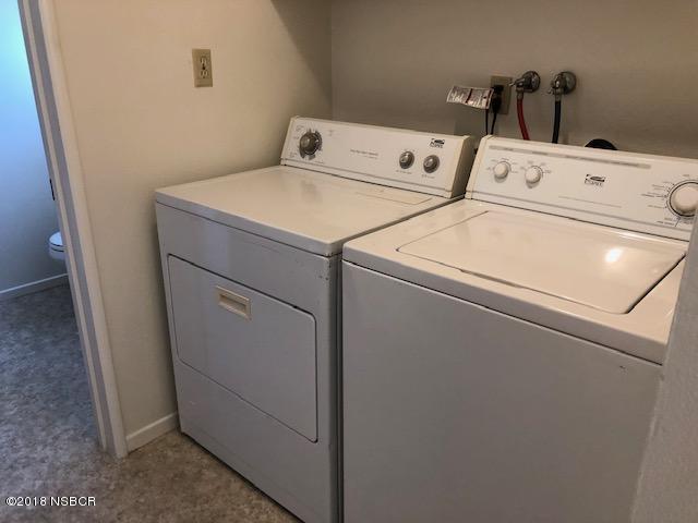 205North-7th-Street_laundry.jpg