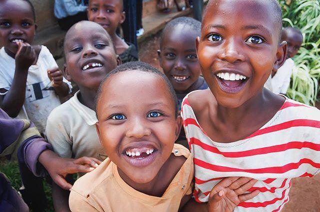 Rwanda, 2007  www.shonablumeneau.com  #portrait #portraitmode #portraitphotography #portraitphotographer #portraits #portrait_ig #photography #photo #fuji #fujifilm #fujifeed #fujixseries #fujifilmusa #fujiusa #fujixseries #fujix20 #shonaphoto #shonaphotography @fujixshooters @fujifeed @fujifilmx_us @fujifilm_northamerica #africa #rwanda #kigali #kids #children #smiles #happy