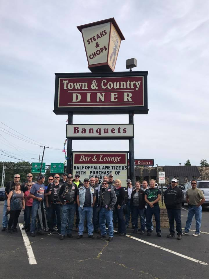 town and country diner.jpg
