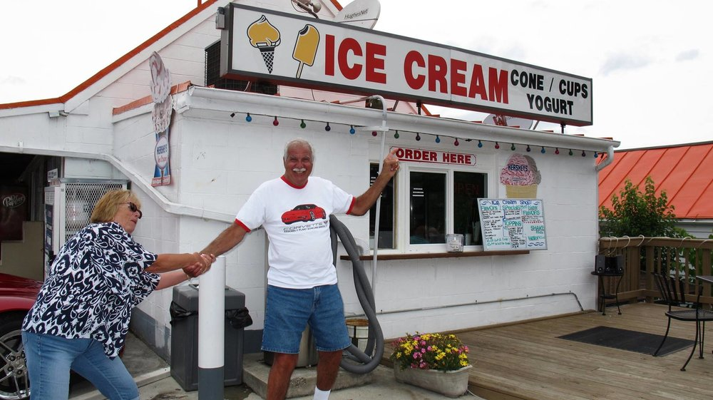 frank & Maureen ice cream.jpg