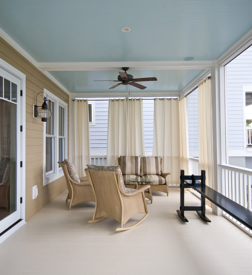 Parrothead Screen Porch.jpg