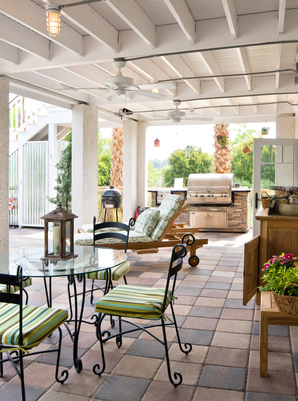 Parrothead Rear Patio.jpg