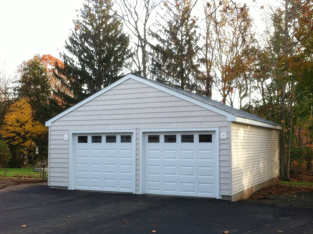 Wedgewood Two Car Garage 4