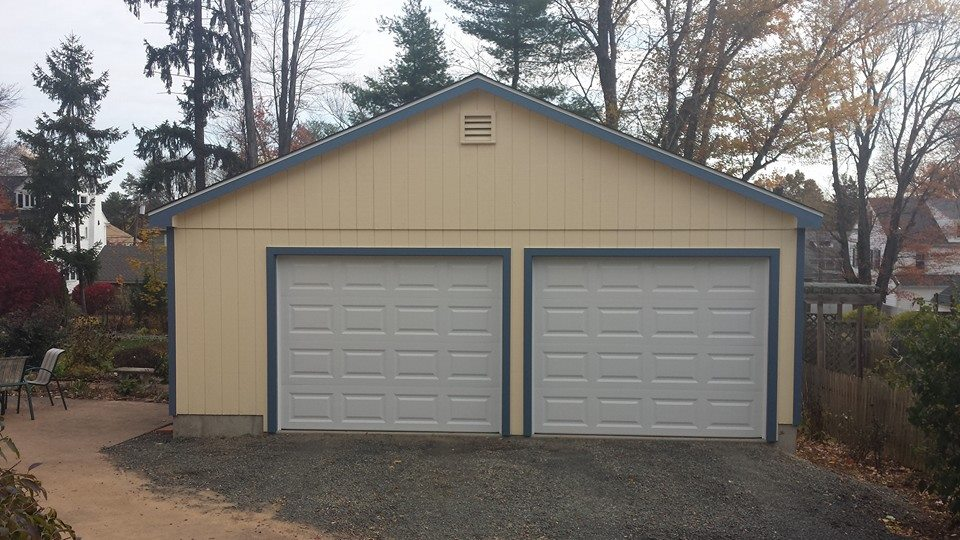 Wedgewood Two Car Garage 12