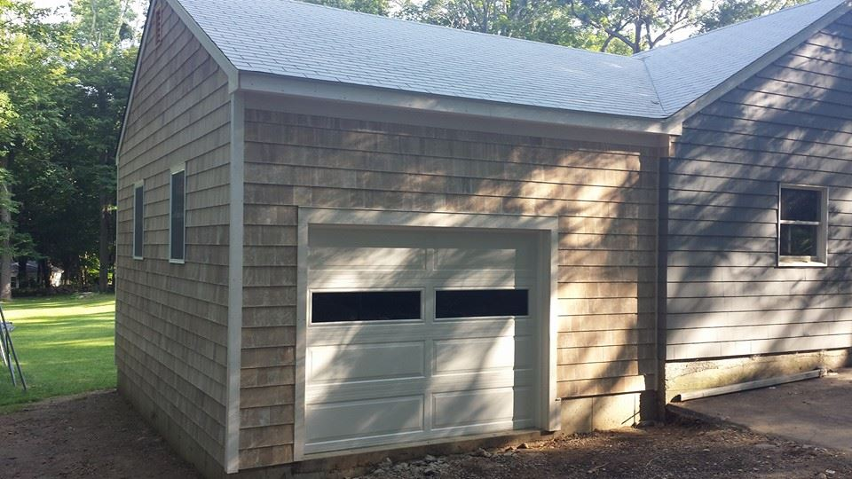 Wedgewood One Car Garage Attached 21