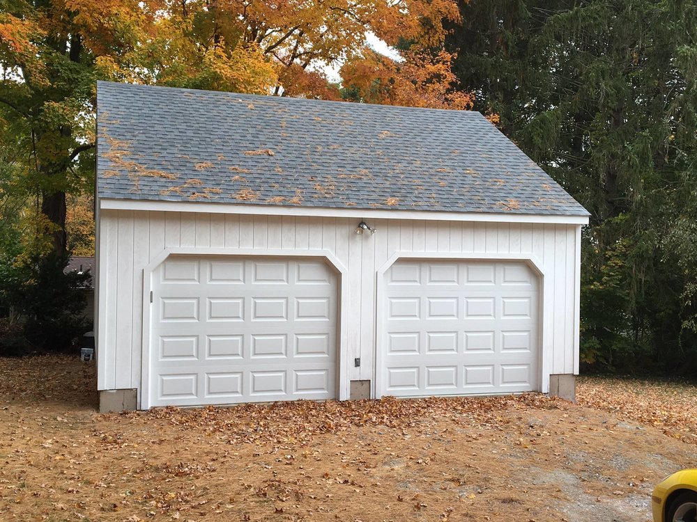 Wedgewood Two Car Garage 19