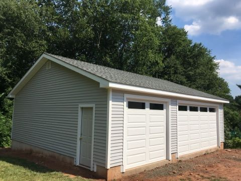 Wedgewood Three Car Garage 28