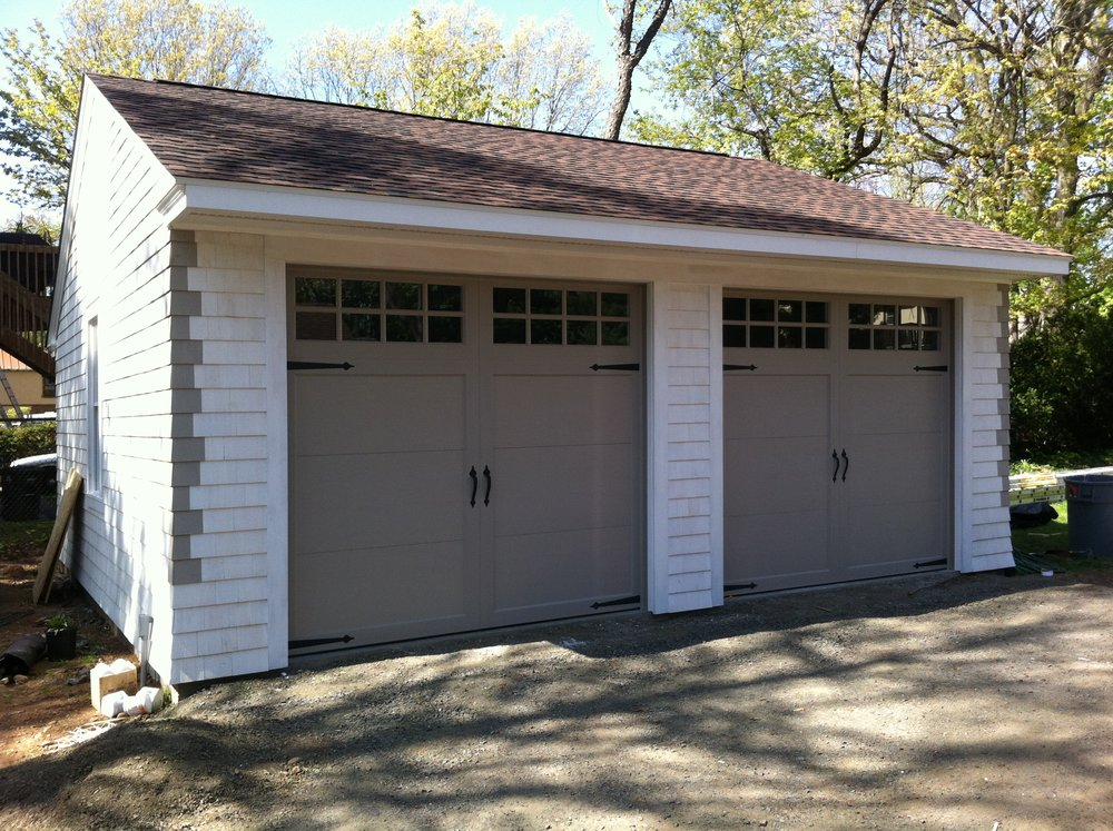 Wedgewood Two Car Garage 38