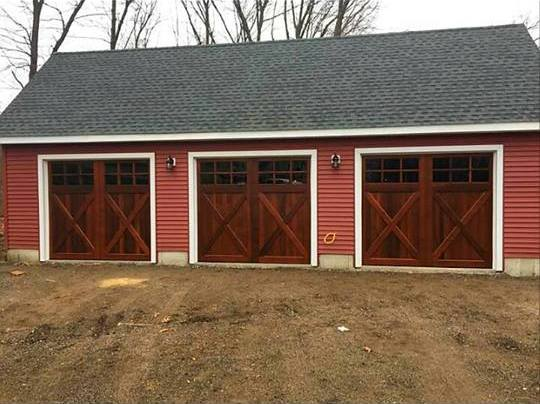 Saltbox Cape Three Car Garage 9