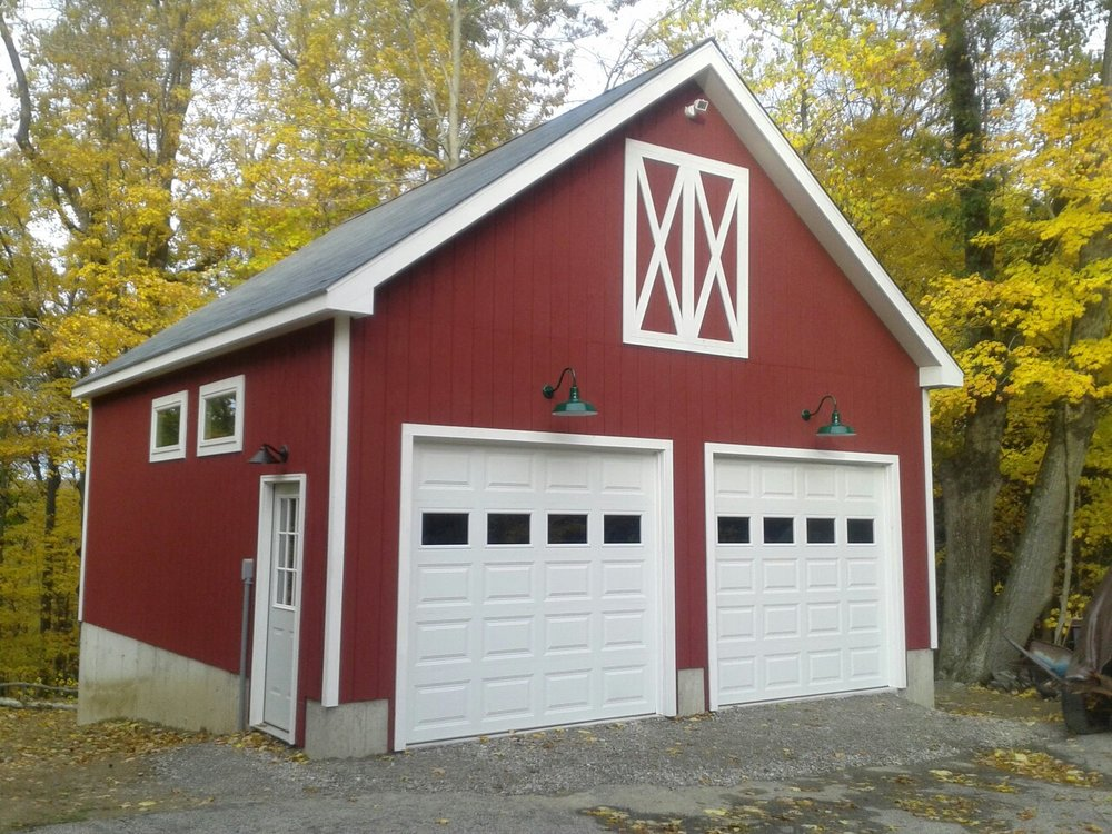 red windsor barn garage.jpg