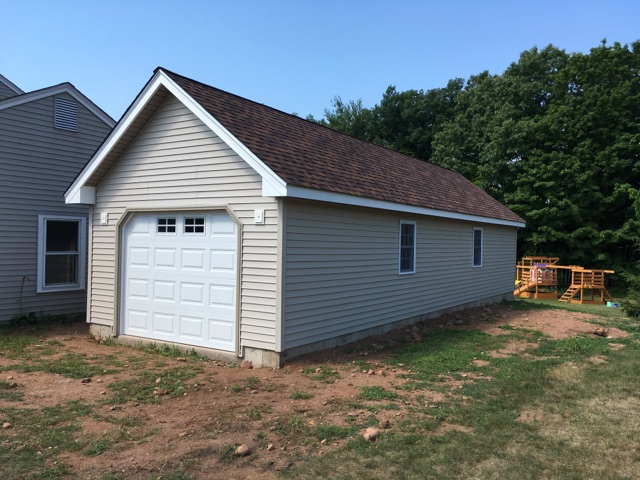 Wedgewood One Car Garage 33