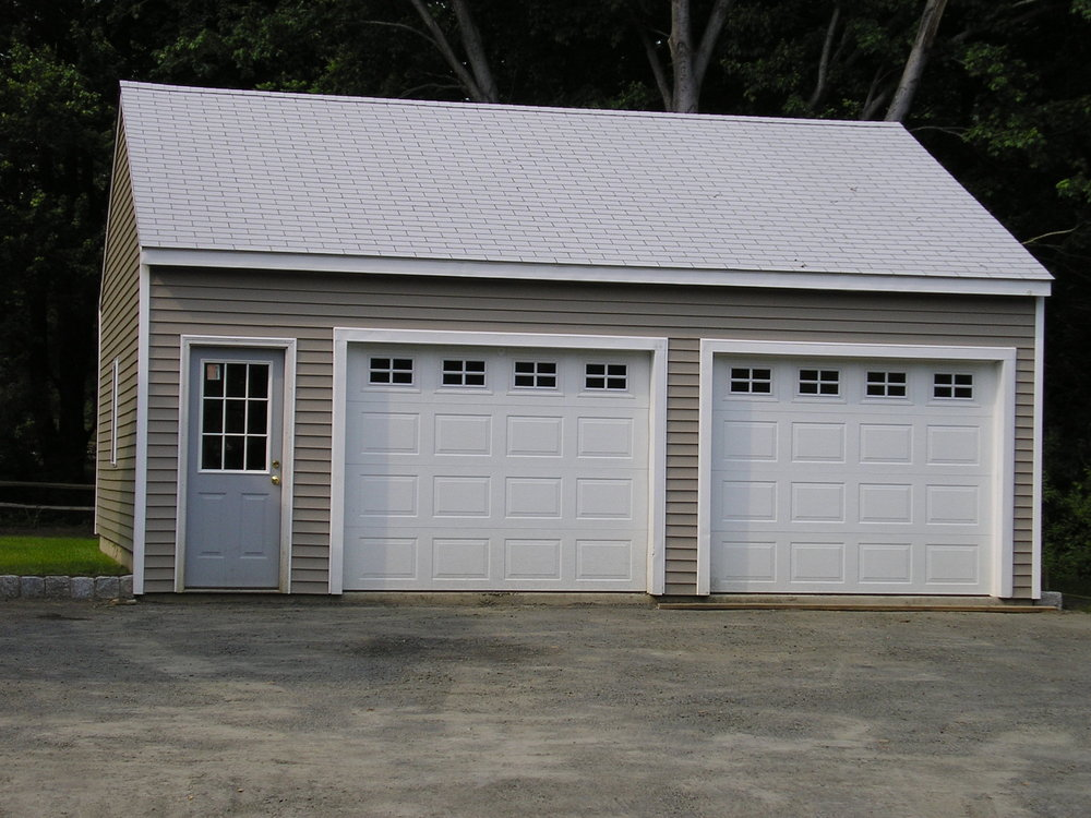 Wedgewood Two Car Garage 35