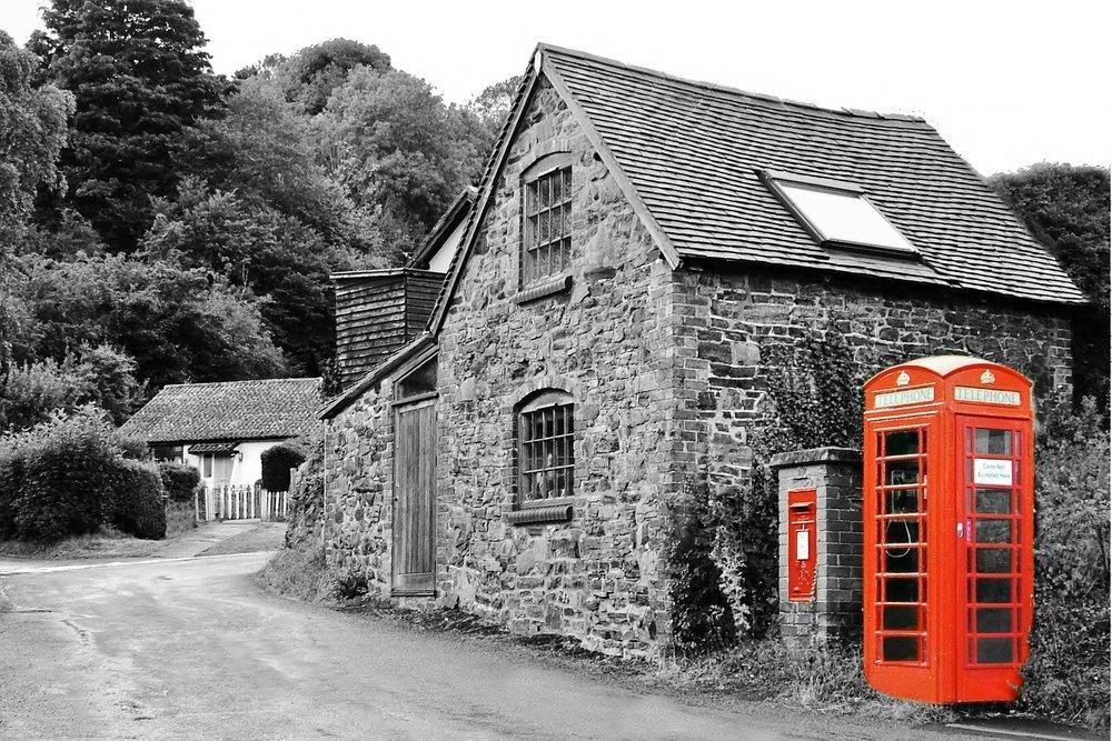 village-1049032_1920.jpg