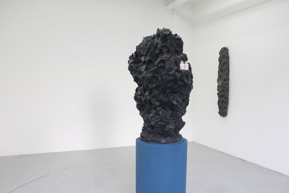 Philip Vervaet - Hollow Earth sculpture Show (2014) -