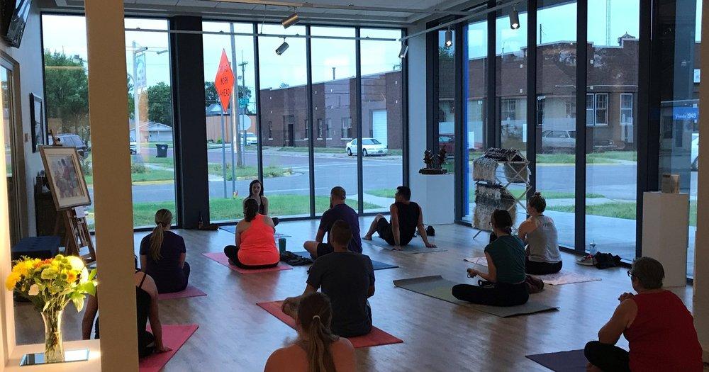 yoga class pic 7.jpg